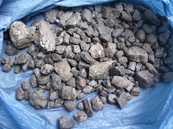 Te koop Tantalite,Tantalum ,Coltan ore,scrap